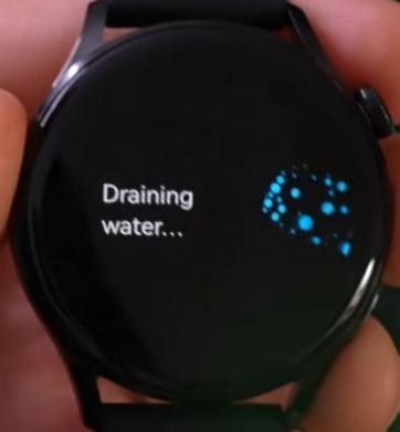 HUAWEI Watch 3 Draining Water